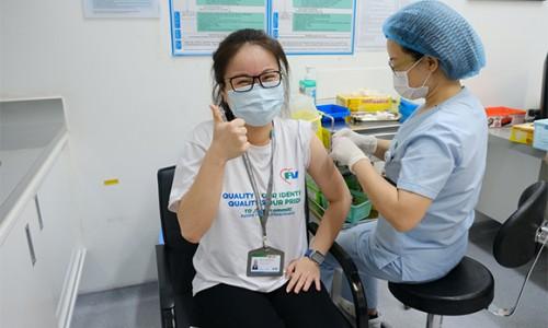 Bệnh viện FV tiêm vắc xin phòng Covid-19 cho hơn 95% đội ngũ bác sĩ, nhân viên y tế