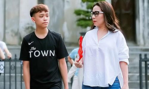 """""""Showbiz Việt đang gặp hạn"""", vì sao?"""