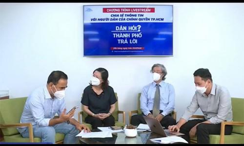 Quyền Linh gặp sự cố khi đang livestream