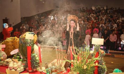 Nghệ sĩ Việt tổ chức giỗ Tổ sân khấu online