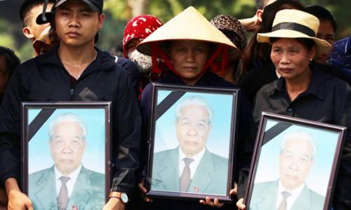 Lễ an táng nguyên Tổng bí thư Đỗ Mười tại quê nhà