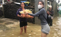 Huế phản hồi hoạt động trao tiền của Thủy Tiên, Hoài Linh