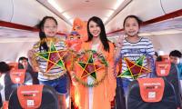 Người đẹp Nguyễn Thúc Thùy Tiên hóa thân thành chị Hằng trên máy bay